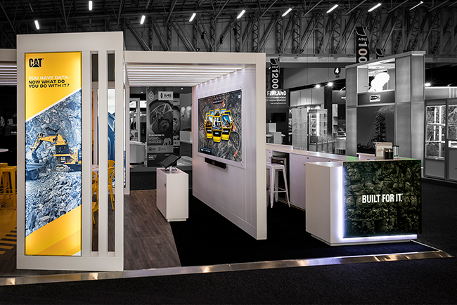 Custom-exhibition-stand_Mining-Indaba_Caterpillar-HOTT3D (14)